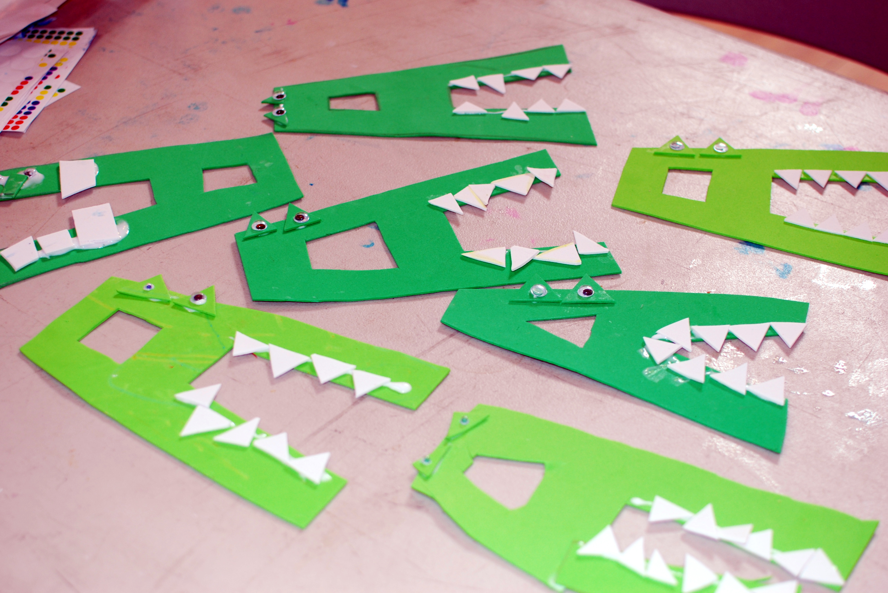 and sounds here s a fun a is for alligator craft that kids will love